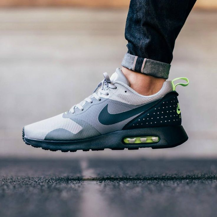 Nike Air Max Tavas Wolf Grey/Dark Grey/Pure Platinum/Black