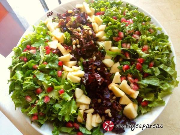 Σαλάτα γιορτινή #sintagespareas #salatagiortini