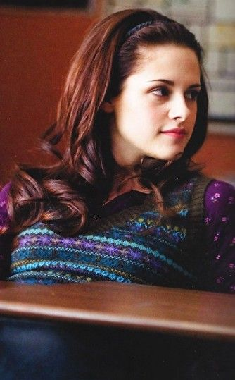 Bella in New Moon...I think she looked so pretty in this scence