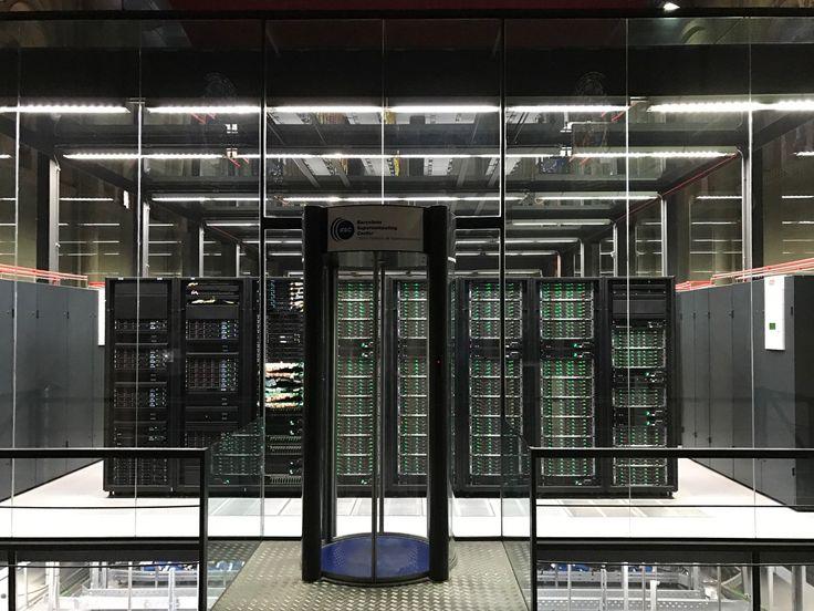 De voormalige kapel Torre Girona heeft in 2005 een tweede leven gekregen door het researchcentrum Barcelona Supercomputing Center. Het huisvest de MareNostrum 3, één van de snelste supercomputers van Europa.