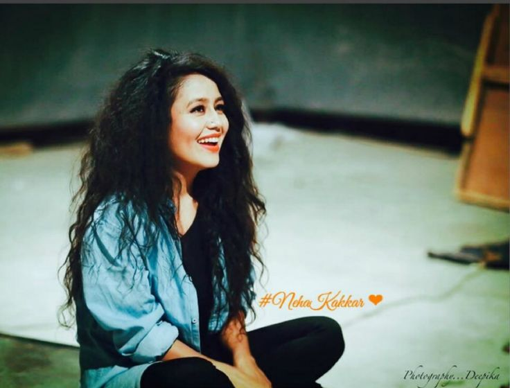 Neha Kakkar Wallpapers HD Backgrounds Images Pics Photos Free