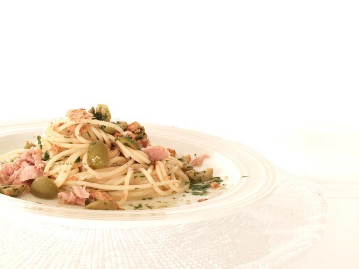 Arabafelice in cucina!: Spaghetti al tonno, limone e pangrattato