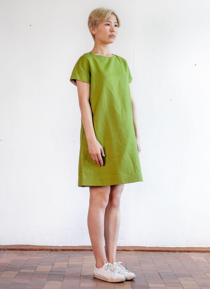 Салатовое платье с коротким рукавом, силуэт трапеция