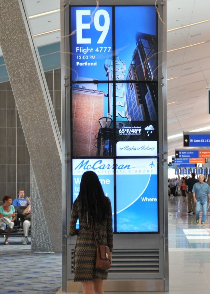 6 screen video wall gate signage at McCarran International Airport's New T3 Terminal #doohdas