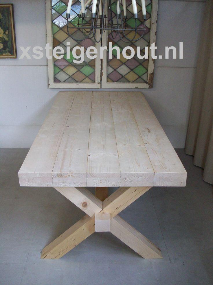 Kloostertafel kruispoot met blad van steigerhout