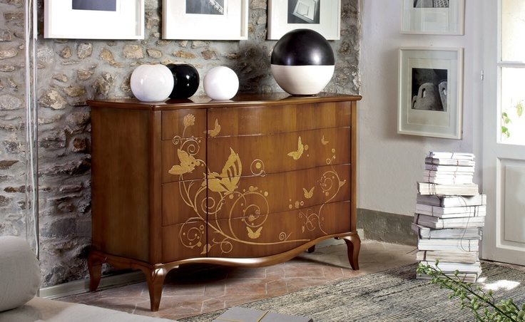 Ariel - C'era una volta | Classic Collections Le Fablier | Chest of drawers with butterflies insert | | Measures in cm (LxDxH) 142x58x95 | Structure in solid walnut