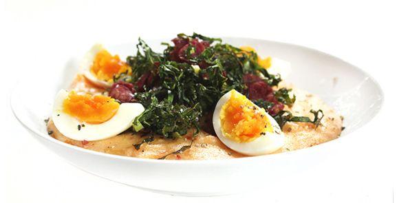 Couve assada crocante com polenta vitaminada | DigaMaria