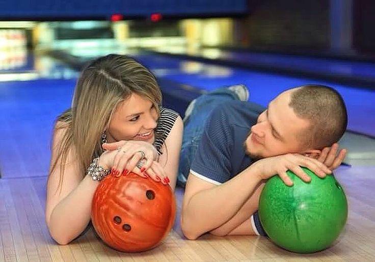 Vineri seară adunăm gaşca veselă pentru ultima ediţie de Bowling Night din această vară! Ne revedem la toamnă cu noi întâlniri tematice şi seri distractive! Doritorii sunt rugaţi să se înscrie la eveniment pe site: http://bit.ly/2tlifaB