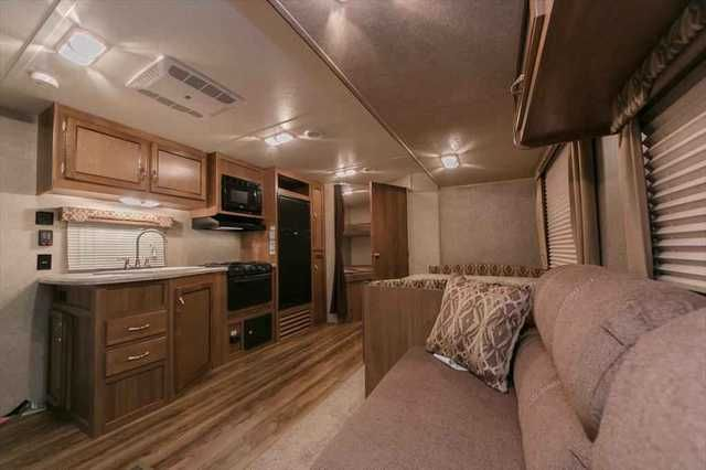 2016 New Coachmen Catalina SBX 261BHS Travel Trailer in Michigan MI.Recreational Vehicle, rv, 2016 Coachmen Catalina SBX 261BHS, andlt;h2andgt;Catalina SBX 261BHS Travel Trailer Bunkhouseandlt;/h2andgt; You don t have to spend a lot to get a lot in an RV with this 2016 Catalina SBX 261BHS. For a comfortable, welcoming home-away-from-home, choose this sharp Catalina SBX travel trailer. Come see it today! andlt;h3andgt;Coachmen Catalina SBX 261BHS Layoutandlt;/h3andgt; The Catalina SBX 261BHS…