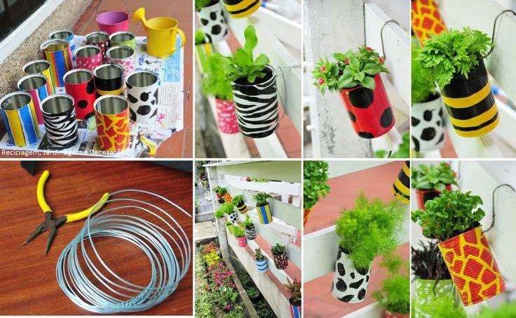Latinhas reutilizadas como interessantes vasinhos em hortinha vertical. Destaque para os padrões escolhidos para pintá-las: Zebrinha, joaninha, abelha, vaquinha e girafa! (: Fonte: http://www.oholamp.com/articles/637297/เปลี่ยนกระป๋องนม-ให้เป็นกระฐานต้นไม้เก๋ๆ.html