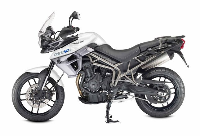 Comparison Between Triumph Tiger 800 XRx And XCx » BikesIndia.org