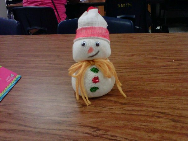 Snowman made out of a tube sock and rice snowmen pinterest rice snowman and sock - How to make a snowman out of wood planks ...
