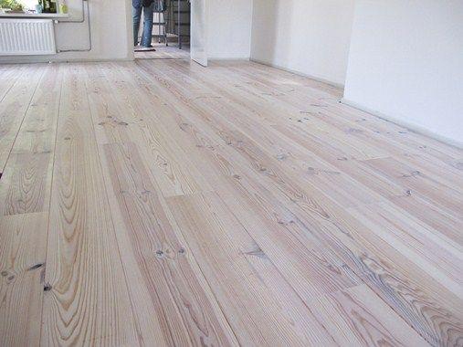 Alternatief voor vloer - grenen - betaalbaar - met juiste uitstraling - hier wit afgewerkt
