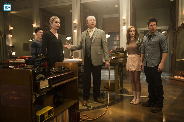 """The Librarians """"And the Famgs of Death"""" S3EP2"""