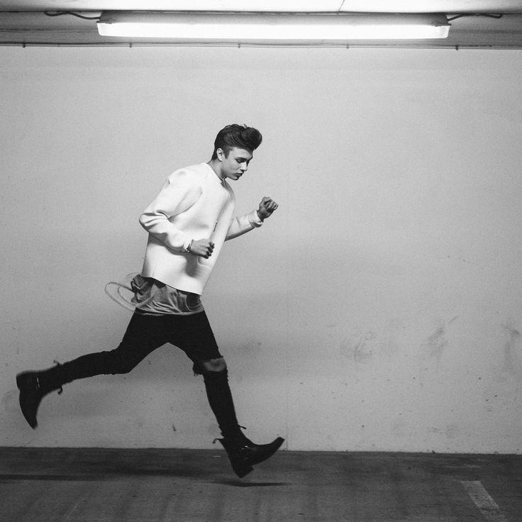 Run!!  #SimonStroem #Fashion