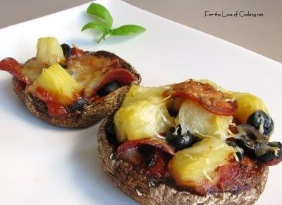 Portobello mushroom pizzettas | Food | Pinterest | Portobello ...