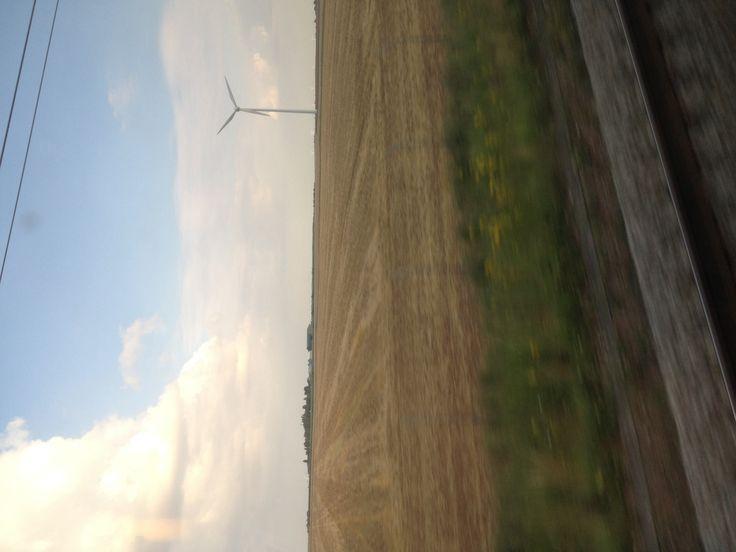 Éolienne loin