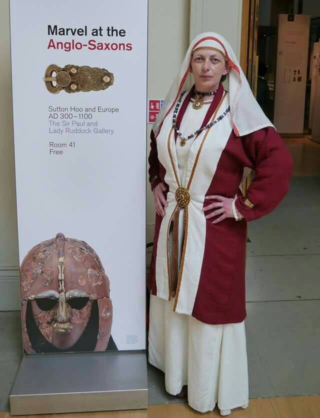 womens status in anglo saxon england An example from early anglo-saxon england  physical symbol and metaphor  of the married woman's role in managing the household and its.