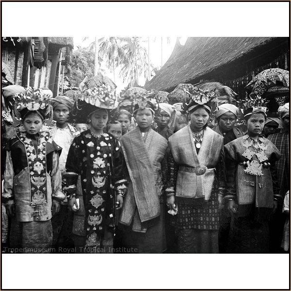 Solok - Minangkabau wedding procession