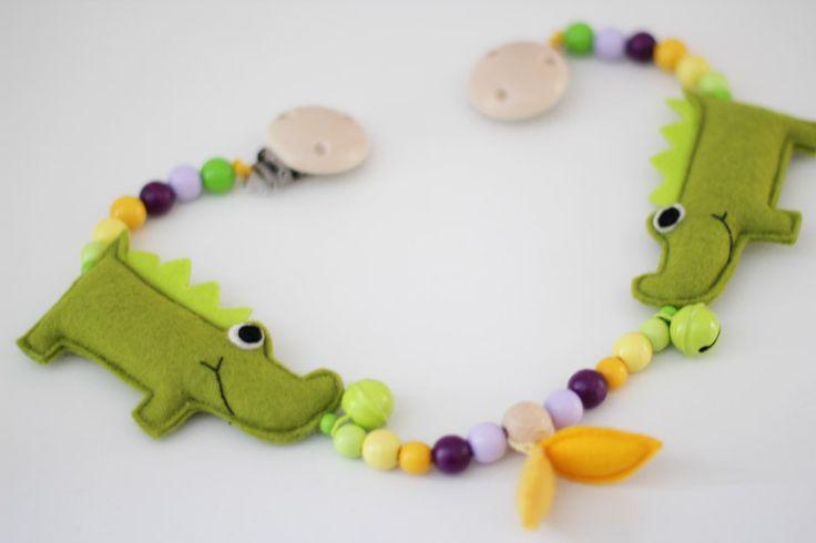 crocodile pram chain