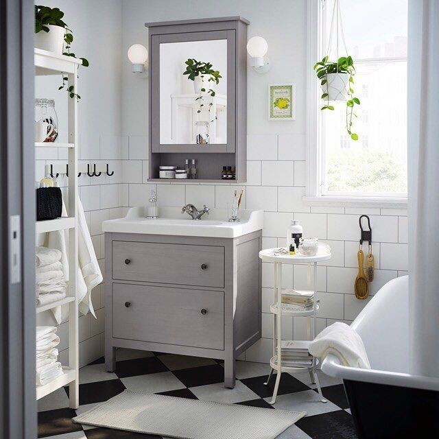 A traditional approach to an organized #bathroom - that's the #IKEA HEMNES bathroom series! Link in profile to shop.