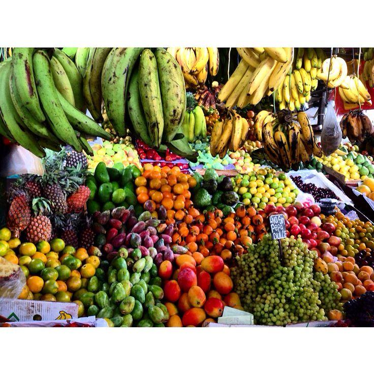 Peruvian fruit market