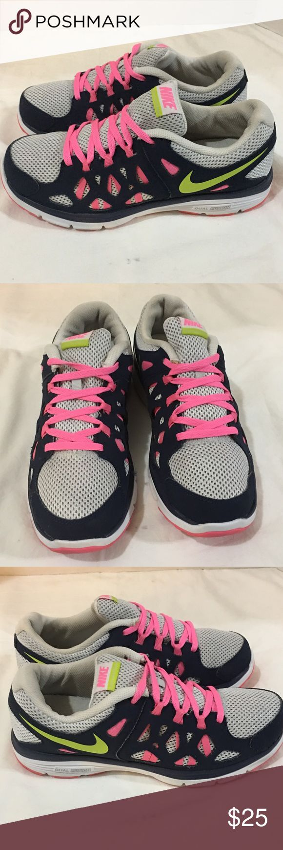 Nike Dual Fusion Kids Pre-Owned EUC Size 6.5 PRE-OWNED Size 6.5   CONDITION IS 9.5/10   # Comes with Replacement box     Any Pics On This Page are of Actual Product You Will Be Purchasing.    WE ONLY PROVIDE THE HIGHEST QUALITY PRE-OWNED Items. THEY ARE ALWAYS CLEAND AND READY TO WEAR Nike Shoes Sneakers