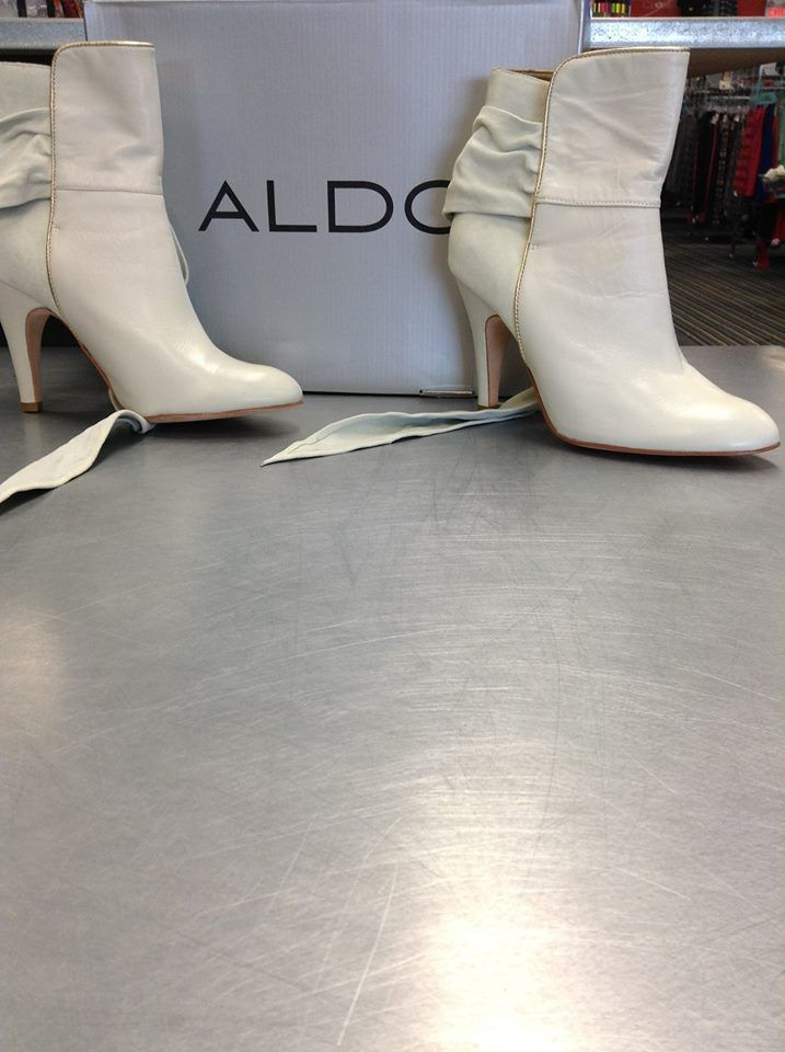 These BRAND NEW #Aldo boots are retailing for $160! Save your dollars at #PlatosNewmarket & buy them for $50 #HUGESavings | www.platosclosetnewmarket.com