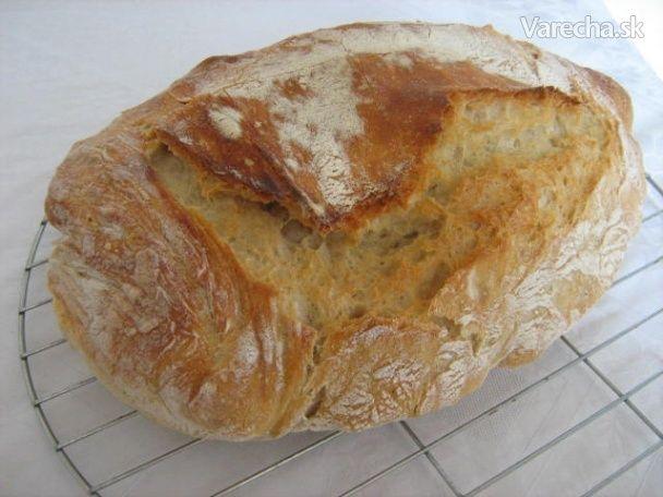Domáci chlieb bez miesenia - Recept