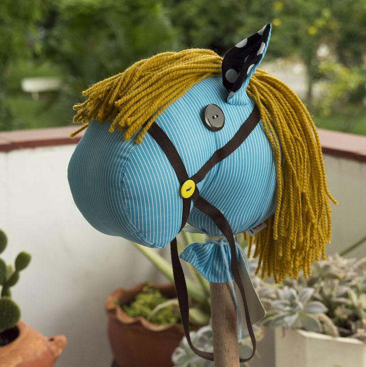 Caballo de palo, hobby horse