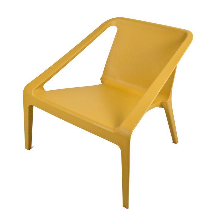 Super bequemer Lounge-Stuhl Chill. Dieser Chill-Stuhl sieht nicht nur klasse aus, sondern bringt jede Inneneinrichtung wieder zum Leben. Der Stuhl kann sowohl als Terrassenstuhl oder als Lounge-Stuhl verwendet werden. Da dieser Stuhl ziemlich niedrig geformt ist, verleiht dieser Stuhl Ihre Inneneinrichtung ein trendy und modernes Gefühl. Der Lounge-Stuhl Chill ist komplett aus hochwertigem PP-Kunststoff gefertigt und kann bis maximal 120 kg belastet werden.