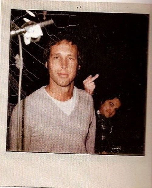 A classic - John Belushi photobombs Chevy Chase....I would have had such a crush on Chevy in the '70s. Goodness.