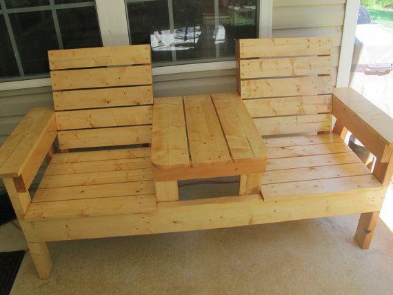 Dwa siedzenie z tabelą przez NGFoothillsFurniture na Etsy
