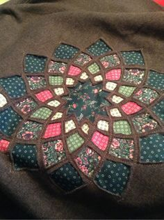 ambedu:    After sewing for almost two straight days, I am ready for a break! Doesn't this one look cool though?