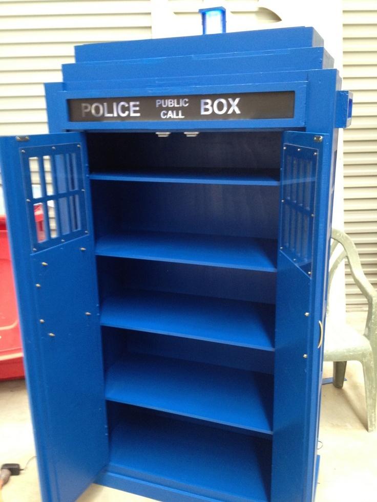 Tardis Bpokshelf Plans | The Police Box Bookcase   Finished   Pozieres  Printing