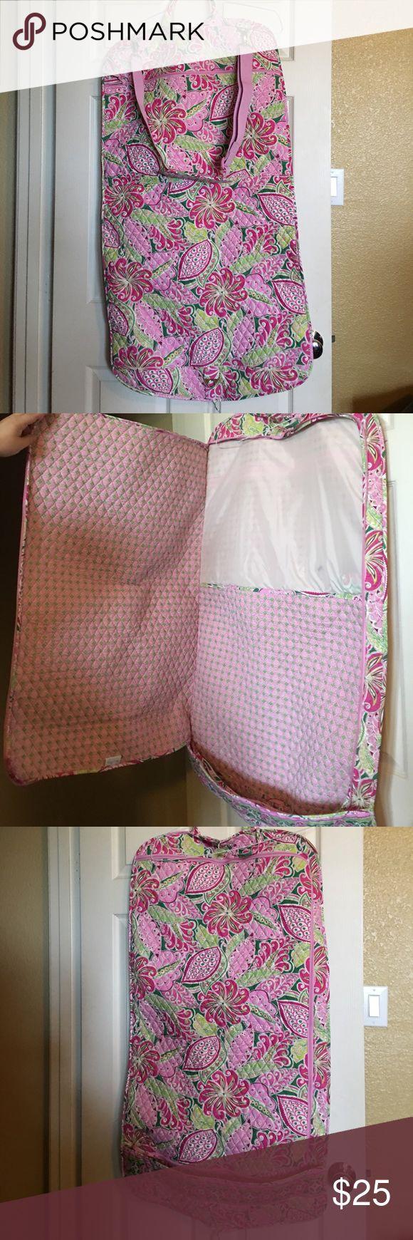 Vera Bradley Garment bag Super cute, excellent condition. Vera Bradley Bags Travel Bags