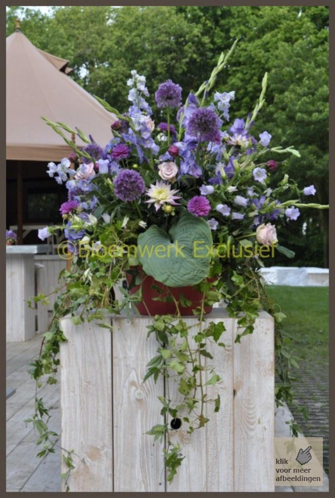 Een flinke dosis trouwinspiratie - Complete Bruidsbloemwerk decoraties