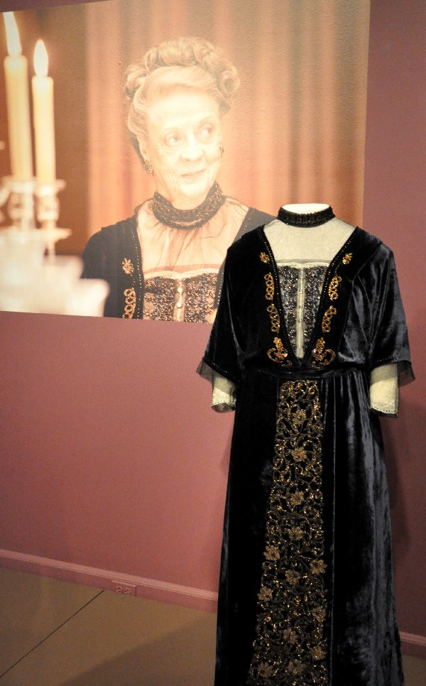Costume worn by Maggie Smith as Violet, the Dowager ...
