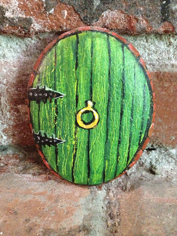 Painted rock; Hobbit door, could put this out in a fairy garden...
