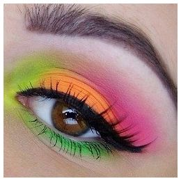 Colorful Makeup - I do Make Up in the Car