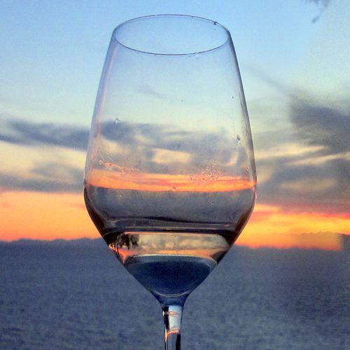 Festa di benvenuto all'estate dal tramonto all'alba!