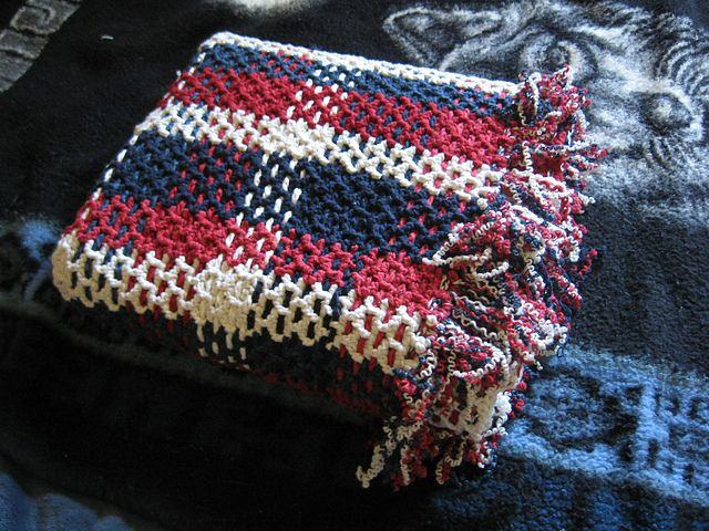Ravelry: Free Pattern Plaid Blanket - Interesting weaving makes this a warm blanket.