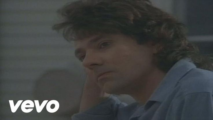 Starship - Sara - Álbum: Knee Deep in the Hoopla - 1985 -  is a song recorded by the American rock band Starship which reached number-one on the U.S. Billboard Hot 100 chart on March 15, 1986. It was sung only by Mickey Thomas, of the newly renamed band Starship, from their first album Knee Deep in the Hoopla; for this single, Grace Slick only provided the backing vocals.
