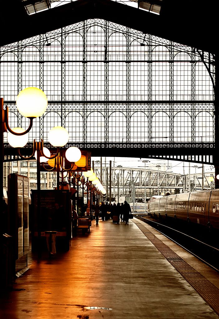 Il y a des jours et des trains. Gare du Nord, Paris. first trip to Paaris by train ... arrived here.