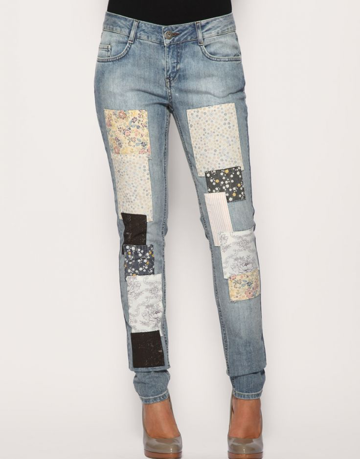 Denim patchwork jeans by Vila Light wash style with worn effect ...