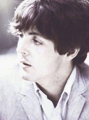 The legend that is Paul McCartney!!:)