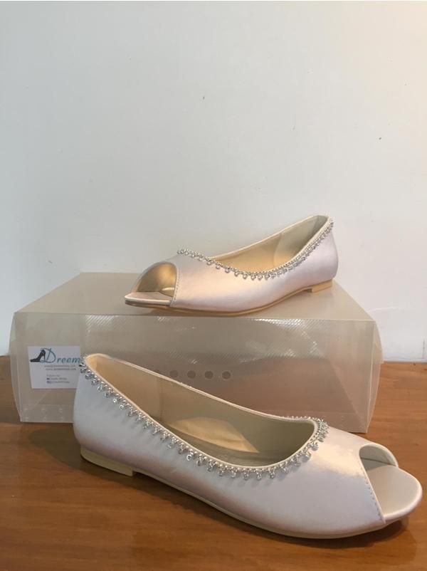 Made to order model 8 White satin 8cm heel Size 4-11 $99 (with free postage) THESE ARE PART OF OUR CUSTOM ORDER RANGE- 26 COLOUR & FABRIC COMBINATIONS WITH 7 HEEL HEIGHTS www.dreemshoes.com