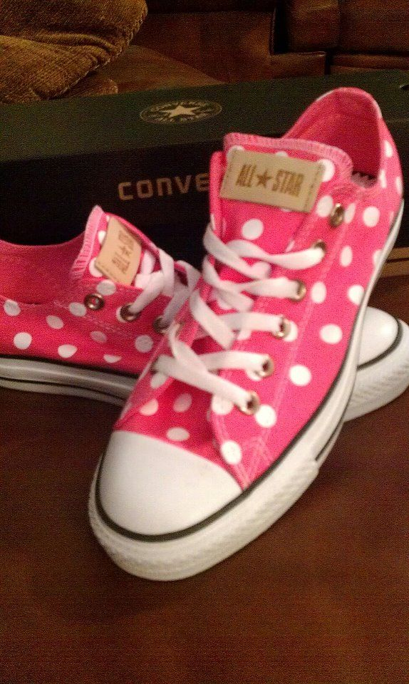 YAY!!! My new chucks came in!!