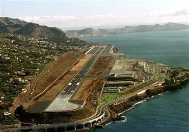 Funchal, Madeira AirPort www.portugaldreamcoast.com