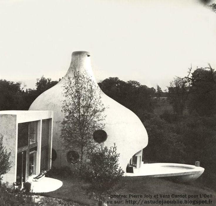 Sebourg - Maison Verley / maison-plante  Sculpteur: Pierre Szekely. Architecte: Henri Mouette  Construction: 1971-1972